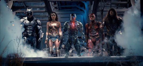 Justice League: 6 edizioni per 6 eroi!