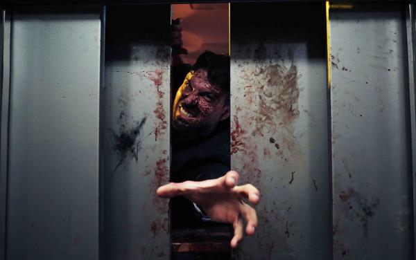 The End: un ascensore ci salverà?