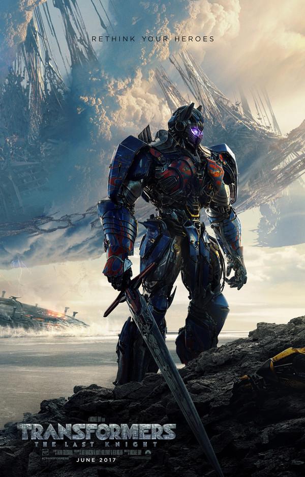 Michael Bay resta nella guerra (dei robot)!